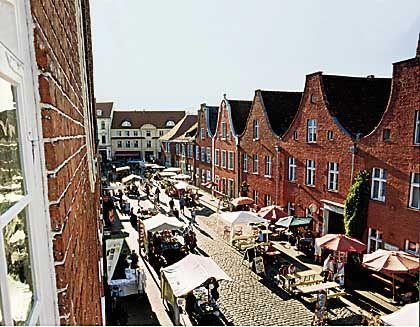 Marktstraße: Holländische Handwerker brachten ihr Know-how ins Havelland und siedelten in Potsdam dort, wo es bis heute nach Holland aussieht