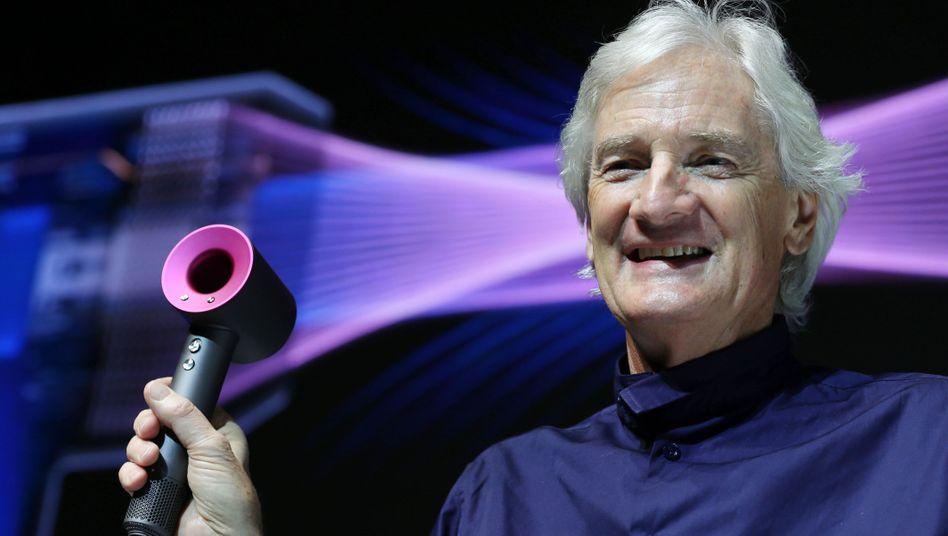 James Dyson im Jahr 2016 bei der Vorstellung eines flügellosen Ventilators