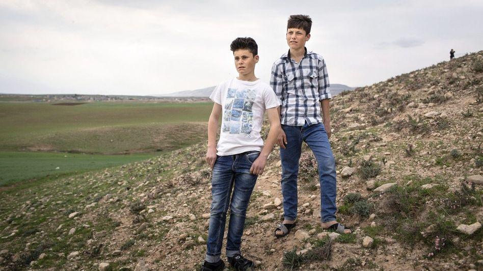 Brüder Ahmed und Amir: »Wie löst man die Zündung eines Sprengstoffgürtels aus?«