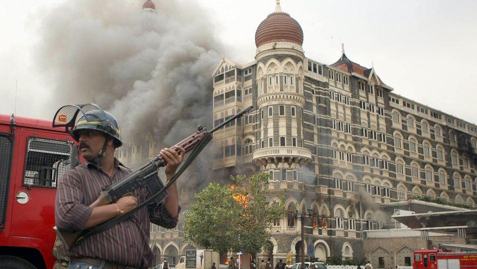 Rauch und Flammen in Mumbai 2008: Wie viel wussten die Geheimdienste?