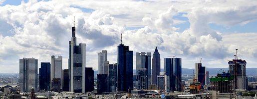 Skyline von Frankfurt am Main: Viele Banken verschmähen bisher die Rettungsangebote des Staates
