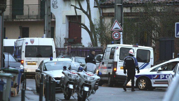 Razzien in Südfrankreich: Polizeiaktion in der Nacht