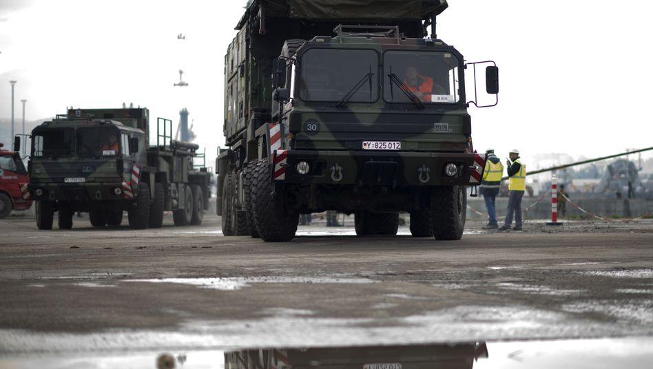 """Komponenten des deutschen """"Patriot""""-Systems in Iskenderun: Proteste gegen Einsatz"""