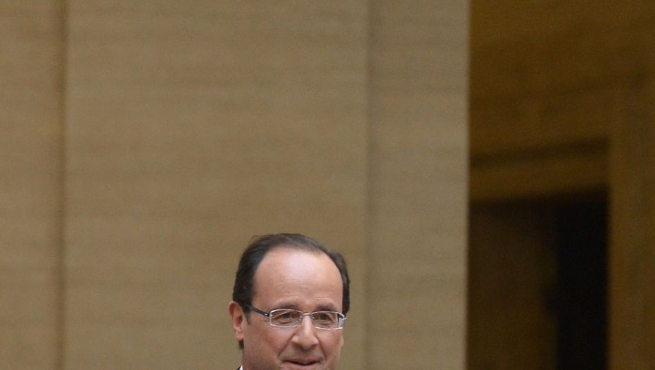 Sunday's vote showed broad-based support for Hollande.