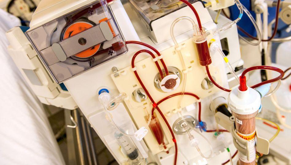 Dialysemaschine: Die Behandlung ist teuer