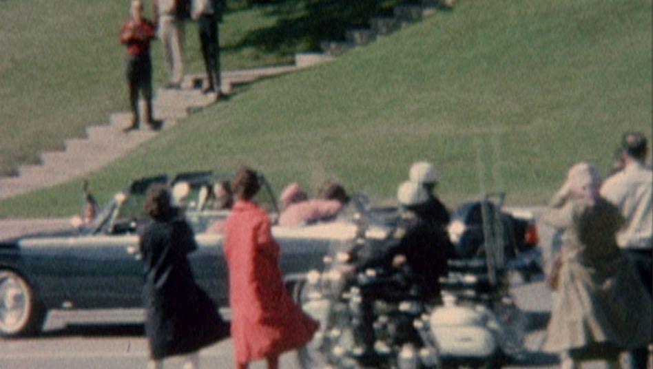 Tatort Dallas (22. November 1963): Sekunden nach den tödlichen Schüssen auf John F. Kennedy