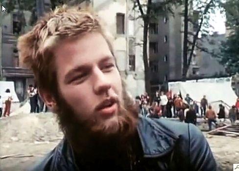 Klaus-Jürgen Rattay: Am Tag vor seinem Tod interviewte den Hausbesetzer Stefan Aust, aus dessen »Panorama«-Film dieses Bild ist