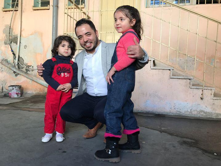 Hussein Murtaja und seine Töchter