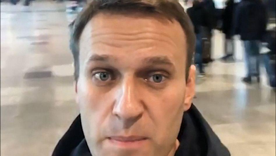 Nawalny auf dem Flughafen