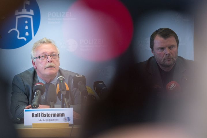 Mordermittler Östermann, Oberstaatsanwalt Meyer