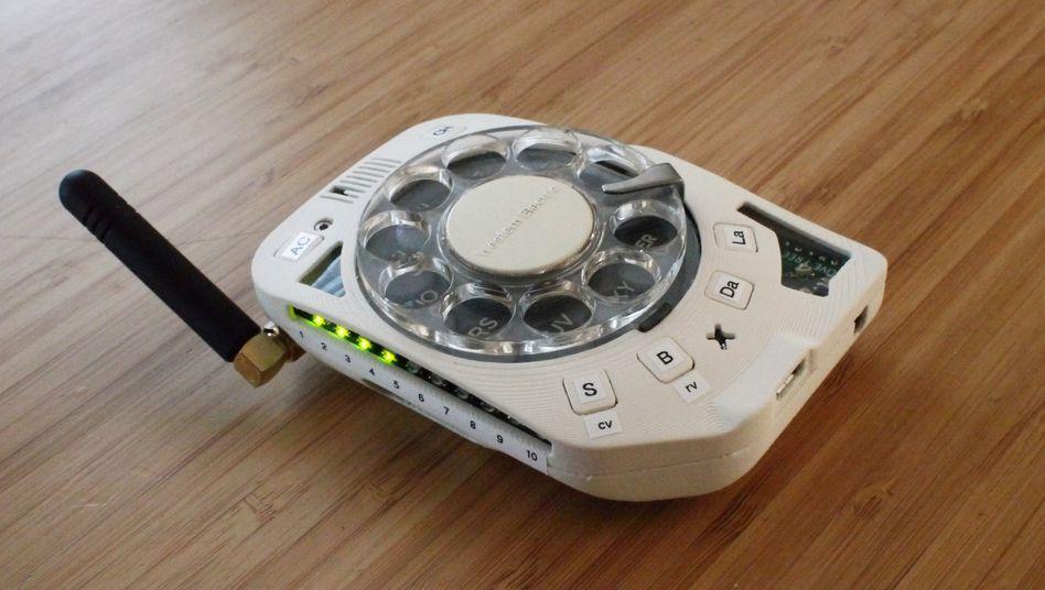 Eigenbau als Smartphone-Alternative: Wählscheiben-Handy aus dem 3D-Drucker