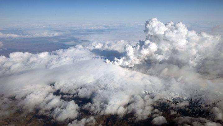 Vulkanausbruch in Island: Asche behindert Flugverkehr