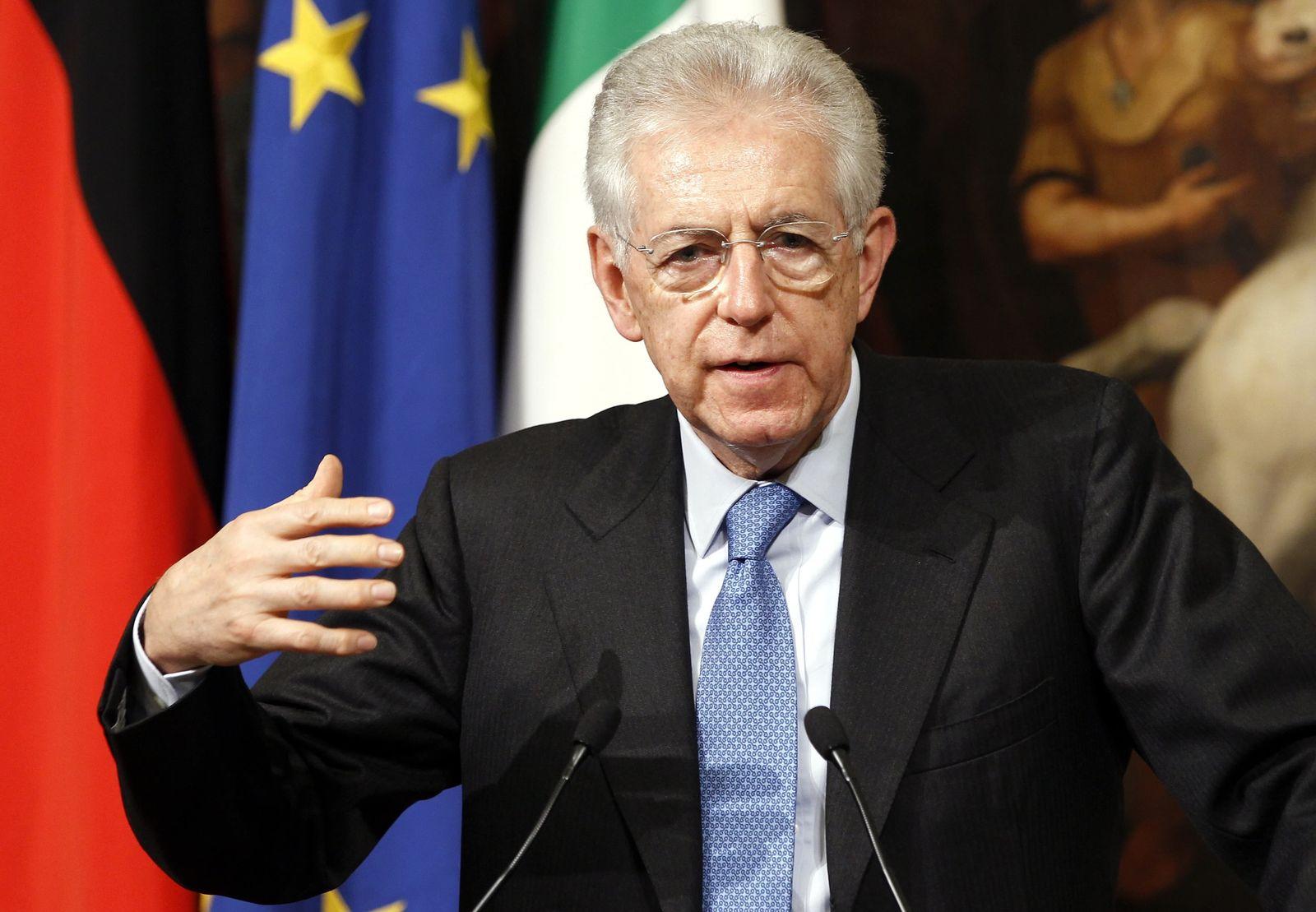 Mario Monti gestikuliert