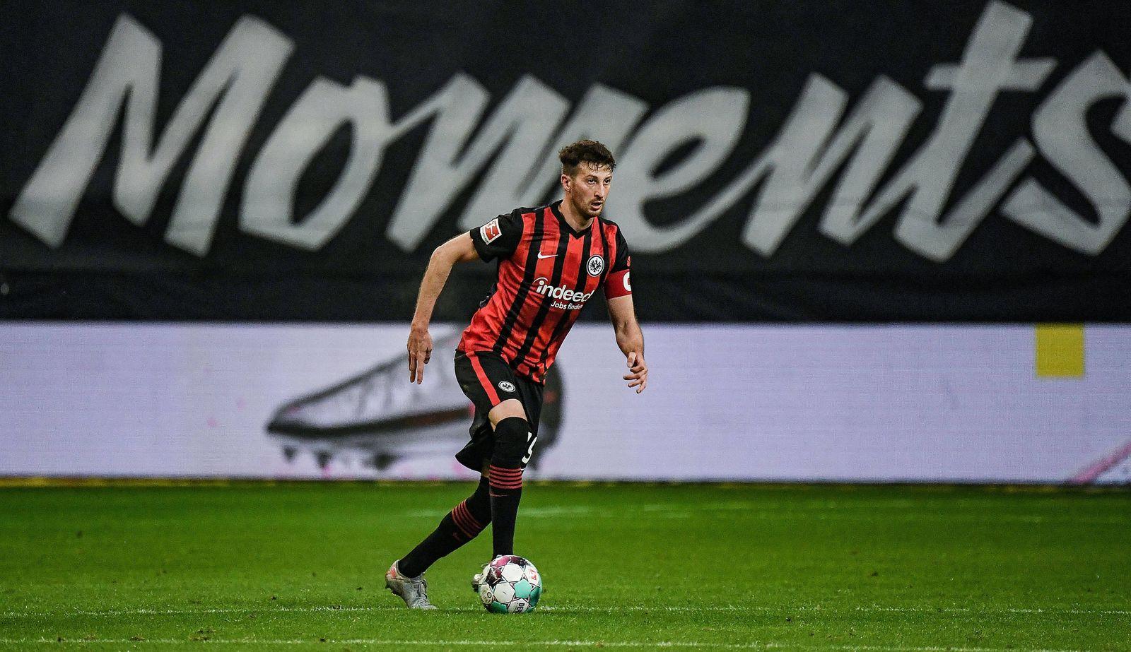 17.01.2021, xjhx, Fussball 1.Bundesliga, Eintracht Frankfurt - FC Schalke 04 emspor, v.l. David Abraham (Eintracht Fran