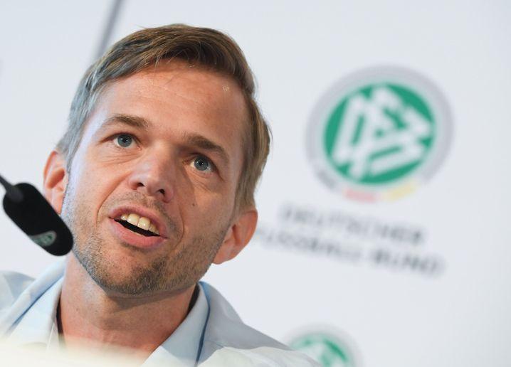 Jochen Drees ist beim DFB für den Videobeweis verantwortlich
