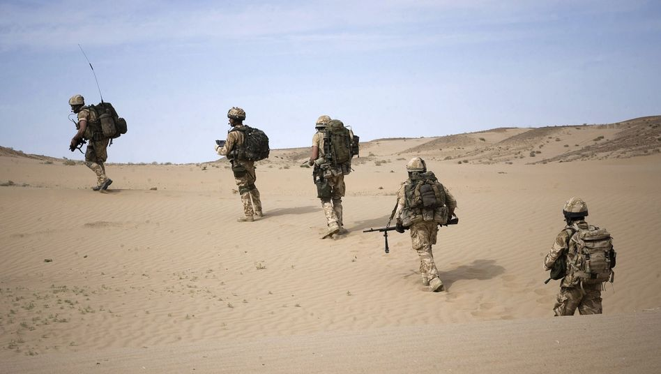 Royal Marines in der Provinz Helmand: Unterstützung für Einsatz dramatisch eingebrochen