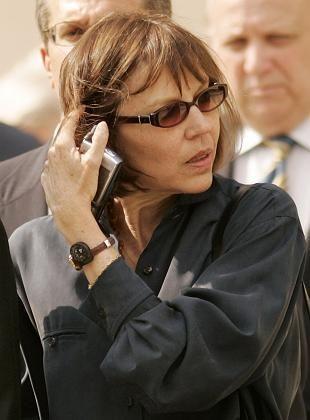 Reporterin Judith Miller: 18 Monate Gefängnis, weil sie ihre Informanten schützt?
