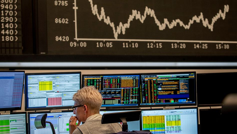 Dax moderat im Plus - Stabile Kurse nach neuem EZB-Notpaket