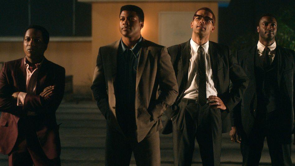 Von links: Sam Cooke (Leslie Odom Jr.), Muhammad Ali (Eli Goree), Malcolm X (Kingsley Ben-Adir) und Jim Brown (Aldis Hodge)