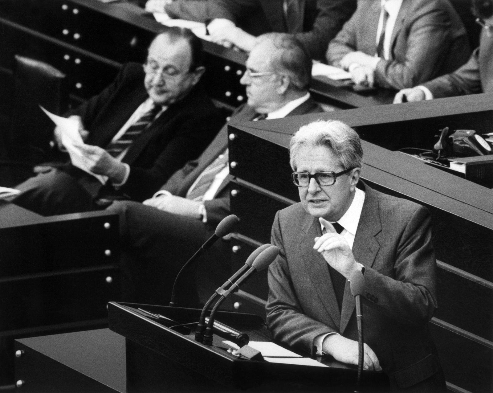 Ehemaliger SPD-Vorsitzender Hans-Jochen Vogel gestorben