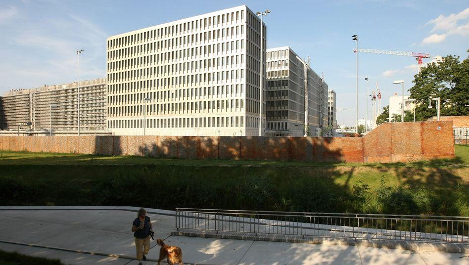 BND-Neubau in Berlin: Drei Seiten Bericht im Bundestag hinterlegt