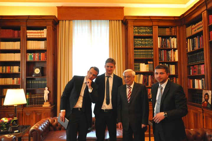 President Pavlopoulos together with SPIEGEL reporters Roland Nelles (left), David Böcking and Giorgos Christides.