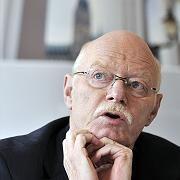 """SPD-Fraktionschef Struck: """"Beschluss gegen die Arbeitslosen"""""""