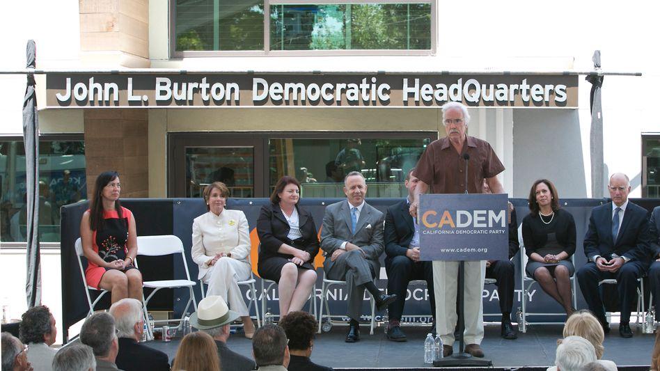 Veranstaltung vor dem Demokraten-Hauptquartier in Sacramento (Archivbild)