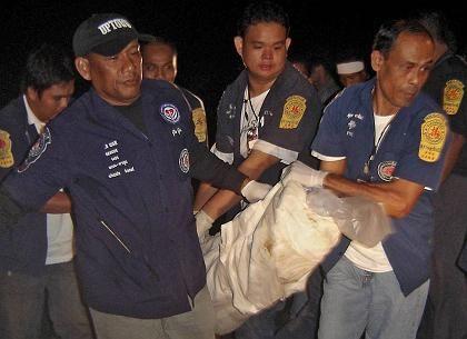 Verunglückt in einer Höhle: Rettungskräfte bergen im Nationalpark Kao Sok eine Leiche