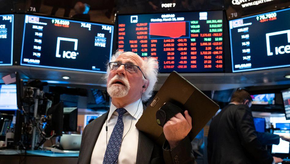 Händler an der Wall Street (Archivbild): Der Handel wurde erneut kurzfristig ausgesetzt