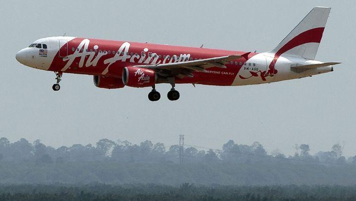 Indonesien: Airbus von Air Asia vermisst