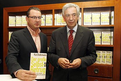 """Bild""-Chefredakteur Diekmann, Kritiker Naumann: ""Fatale Nähe zum Populismus"""