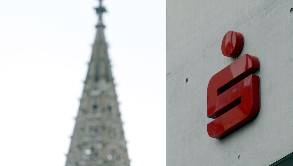 Sparkasse Ulm (mit Ulmer Münster): Schwere Zeiten für das Geldinstitut