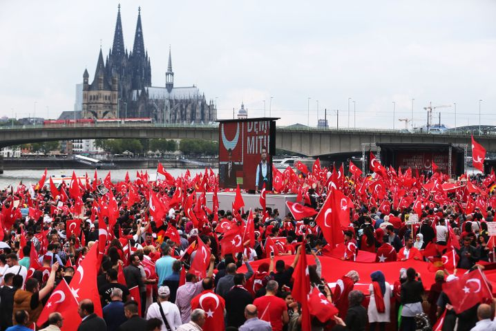 Supporters of Erdogan at a demonstration in Cologne on July 31