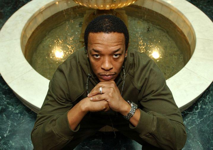 Der Heiligenschein hängt tief: Dr. Dre hält sich gern im Hintergrund