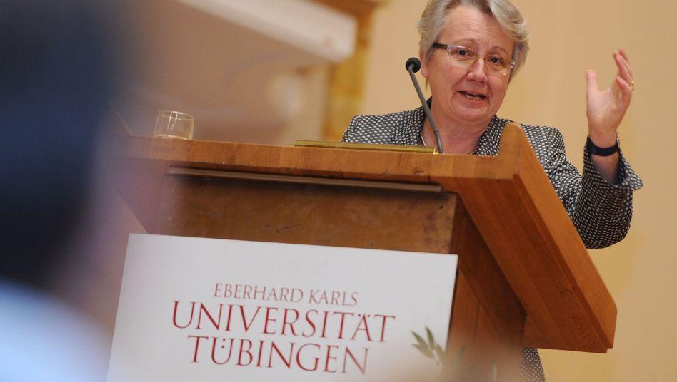 """Bildungsministerin Schavan (CDU): """"Mit Anonymität kann ich nicht umgehen"""""""