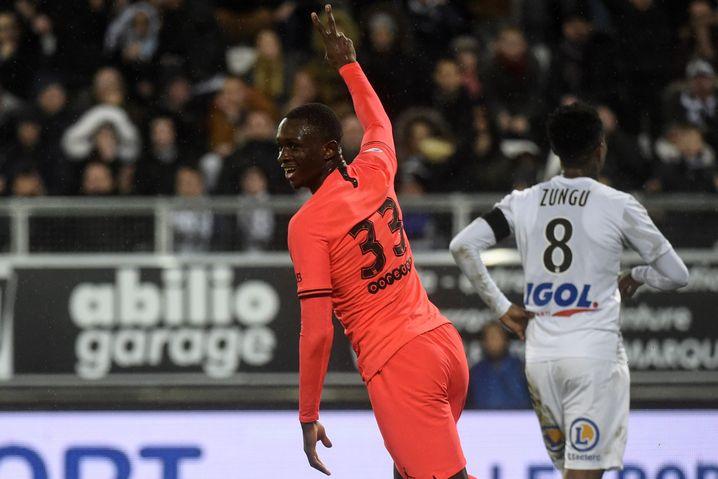Tanguy Kouassi, 18 Jahre alt, soll ablösefrei von Paris St. Germain kommen