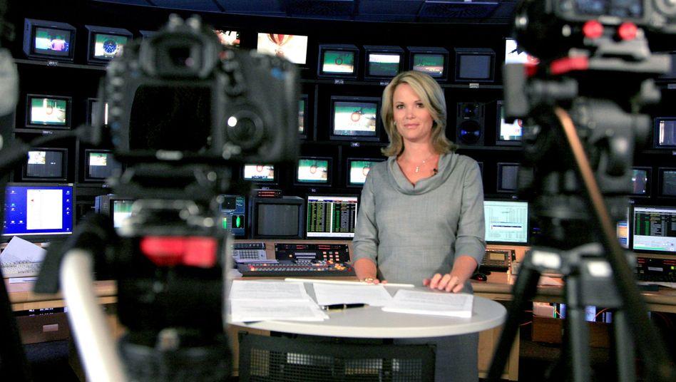 """Stephanie zu Guttenberg moderiert die Auftaktsendung von """"Tatort Internet""""."""