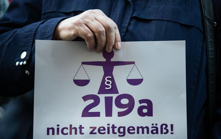 Protest gegen den Paragrafen 219a