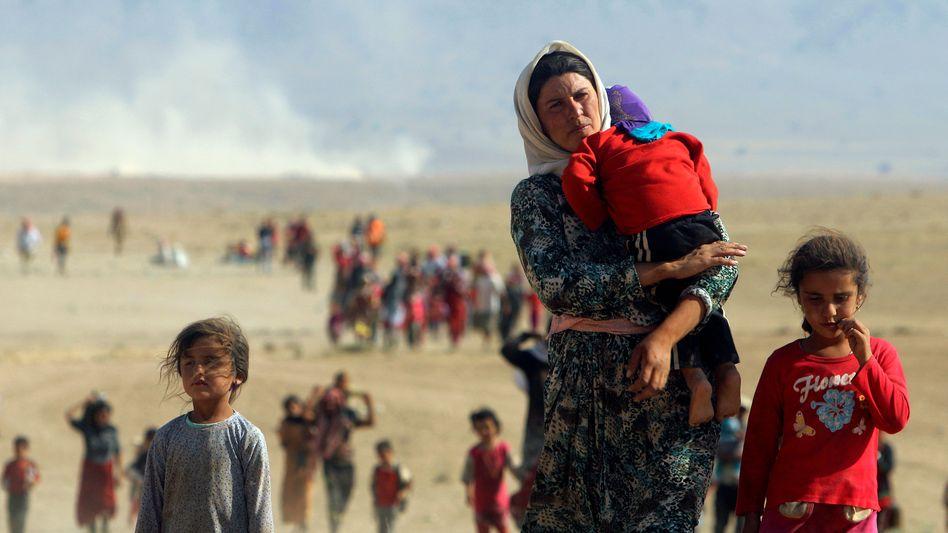 2014 fielen IS-Kämpfer in die Gebiete der Jesiden im Irak ein, sie vergewaltigten, mordeten und versklavten Tausende