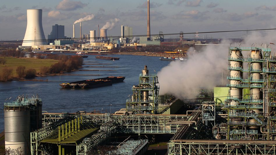 Kohlekraftwerk, Stahlwerk: Regierung will Auflagen für Effizienz aufweichen