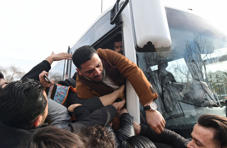 Buses brought the migrants from Istanbul to the Greek border.