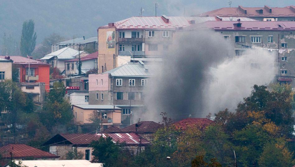 Die Kämpfe in der Region Bergkarabach gehen weiter (Symbolbild)