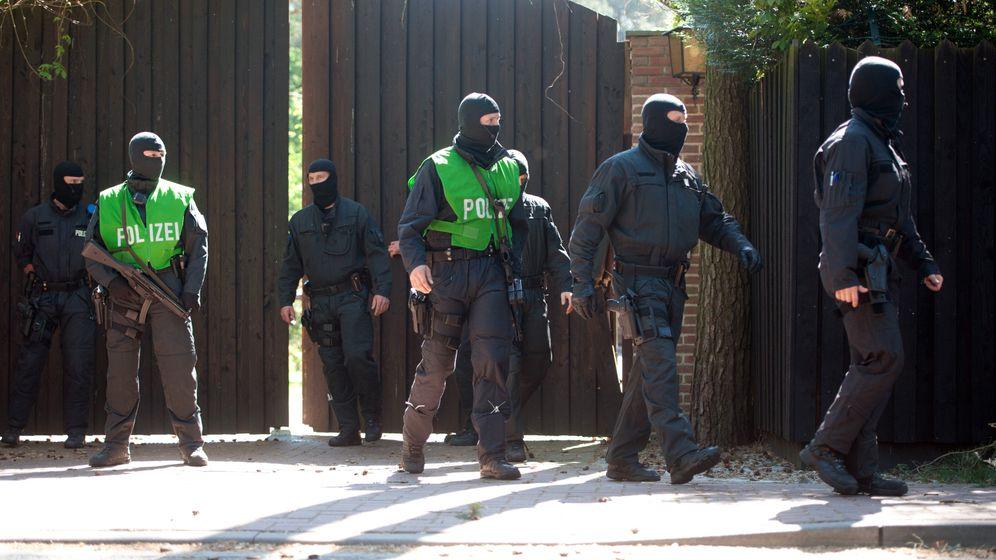 Großeinsatz der Polizei: Razzia gegen Rocker