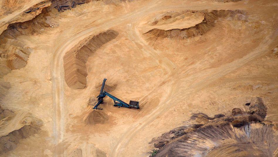 Kiesgrube in Sachsen, in der Kies und Sand getrennt werden