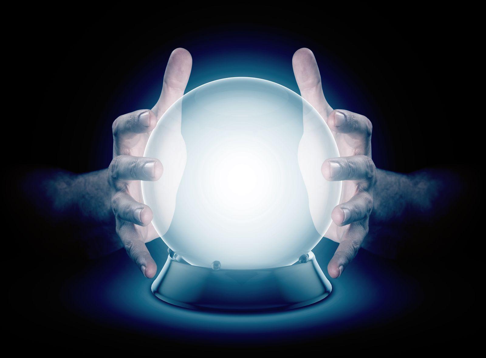 EINMALIGE VERWENDUNG Symbolbild Glaskugel/ Kristallkugell/ Hellsehen