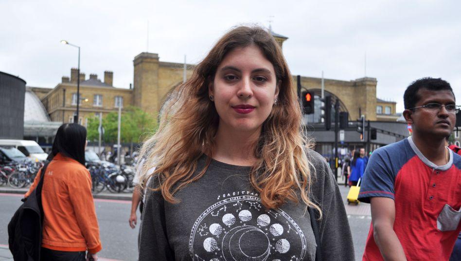 Spanierin Francesca Romero in London