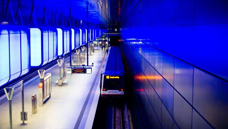 Einfahrende U-Bahn: Datentracking über Google Maps