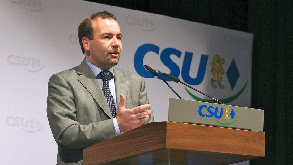Manfred Weber, of the Christian Social Union (CSU), says he wants to end a data sharing agreement between the EU and the US.