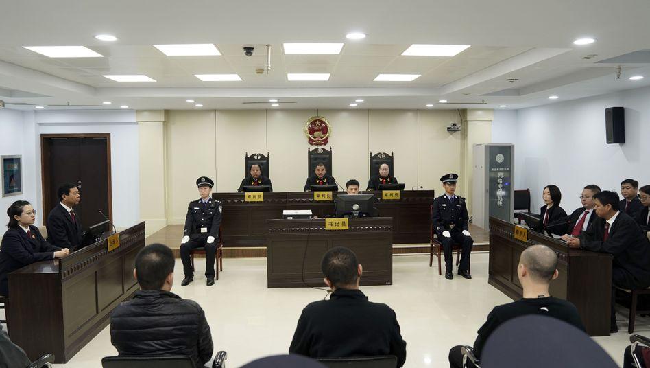 Ein Gericht in China hat einen Mann wegen Handels mit Fentanyl zum Tode verurteilt